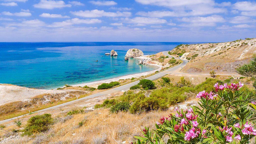 Petra tou Romiou Afroditine stene Pafos Kipar