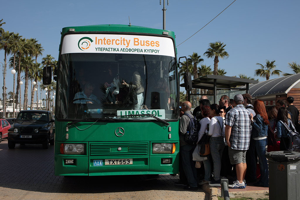 Autobus Kipar Larnaka Limasol