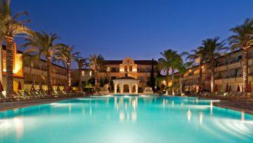 Napa Plaza - Moderna mediteranska oaza u srcu Aja Nape